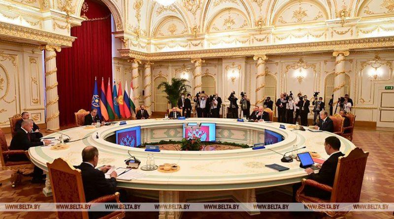 Лукашенко: глобальная напряженность несет риски силового разрешения конфликтов